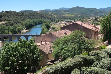 Blick aufs Umland von der Kirche in Roquebrun