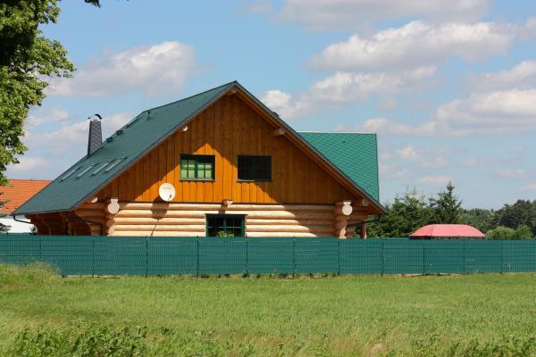 Einfamilienhaus, grün, Niederlausitz, schräg