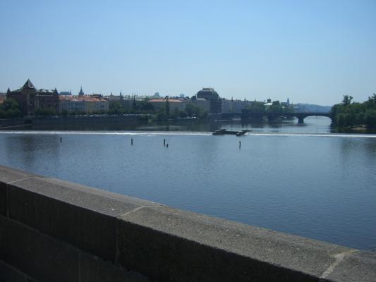 Prag, Manos