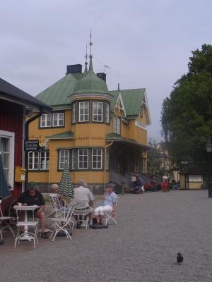 Bahnhof, Mariefred, Schweden
