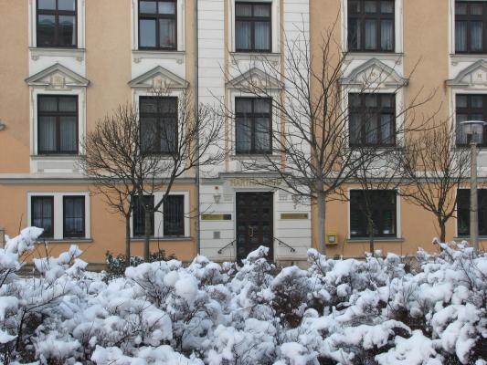 Halle, Architektur, Schnee