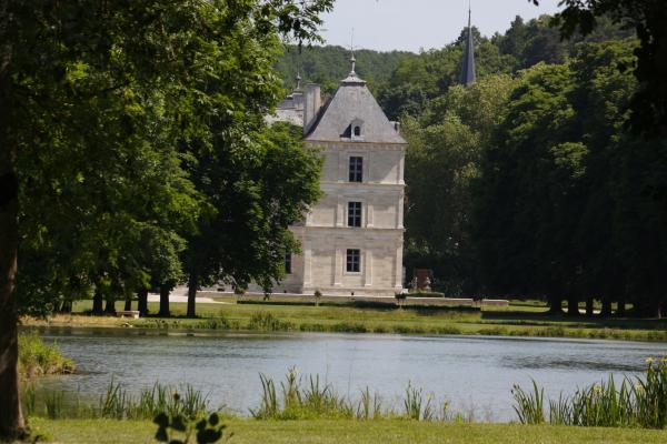 Ancy le Franc, Burgund, Canal Bourgogne, Fahrrad, Frankreich