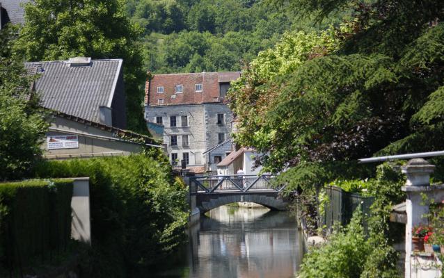 Burgund, Frankreich, Tonnerre, Yvonne