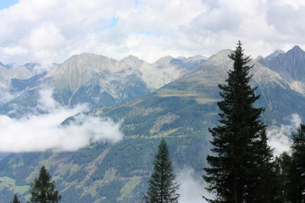 Alpen, Kreuzeckbahn, Kreuzeckgruppe, Mernikalm, Mölltal, Mösernhütte, Salzkofelhütte, Unterkolbnitz, Wolken, Österreich