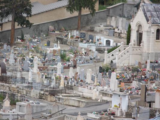Briancon, Frankreich, Friedhof, Hautes-Alpes