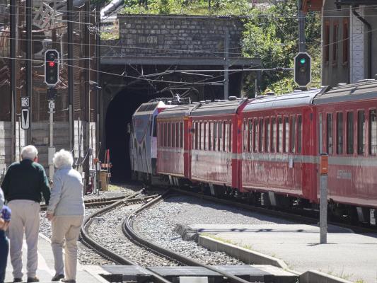 Eisenbahn, Graubünden, Preda, Rhätische Bahn, Schweiz, Tunnel