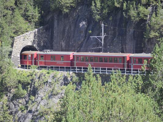 Eisenbahn, Graubünden, Rhätische Bahn, Schweiz, Tunnel