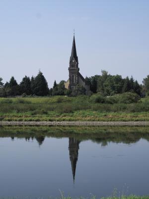 Elbradweg, Kirche