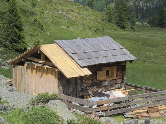 Alpen, Bärenebenhütte, Gößnitzalm, Kreuzeckgruppe, Mitten und Umgebung, Österreich
