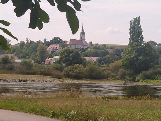 Elbe, Elbradweg