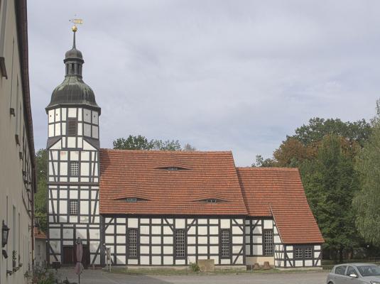 Elster, Elsterradweg, Fachwerk, Kirche